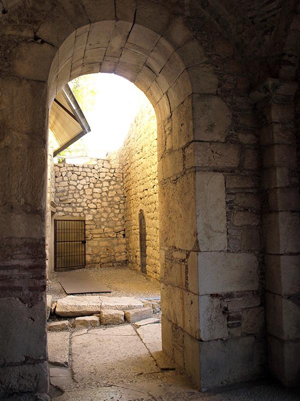 Арки переходов. церковь Святого Николая, Демре, Турция, осень 2013