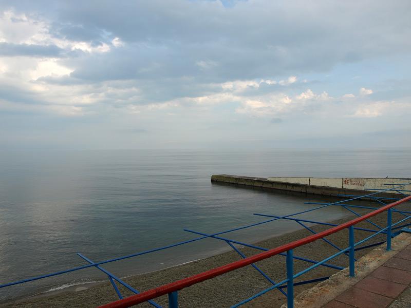 Штиль на море. Алушта, Крым, весна 2010