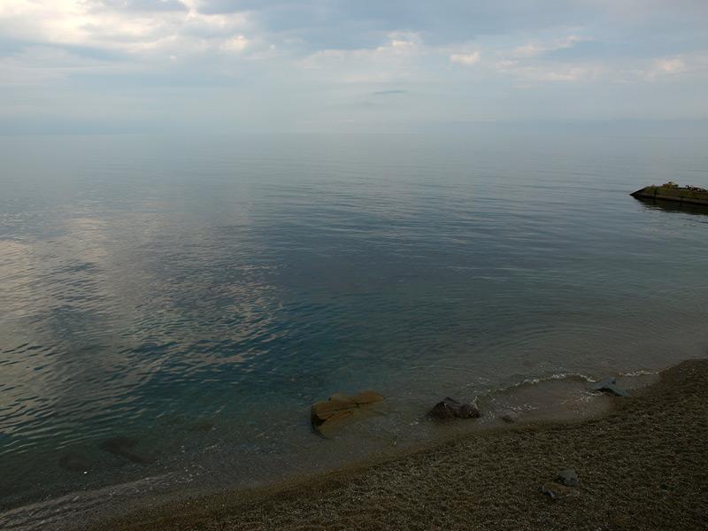 Тихое море... Алушта, Крым, весна 2010