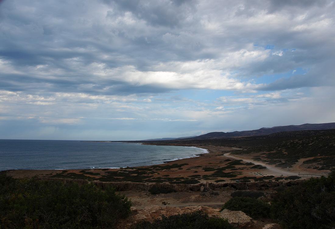 Вид на заповедник Акамас.   Кипр, осень 2014