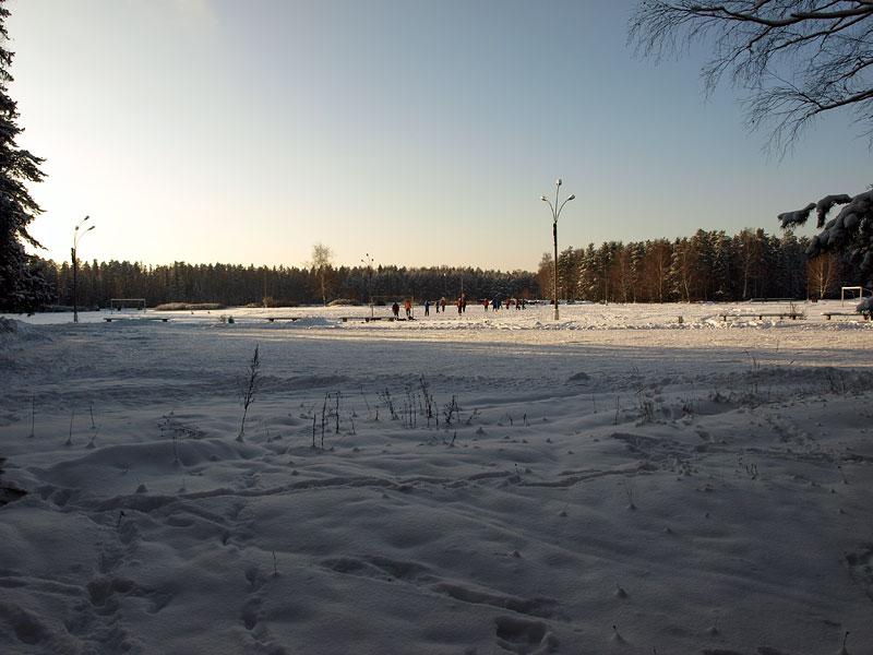 Зимний футбол:) Черноголовка, зима 2009