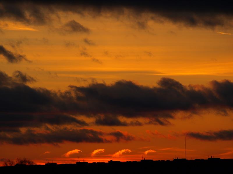 Облачные гребни. Нахабино, весна 2009