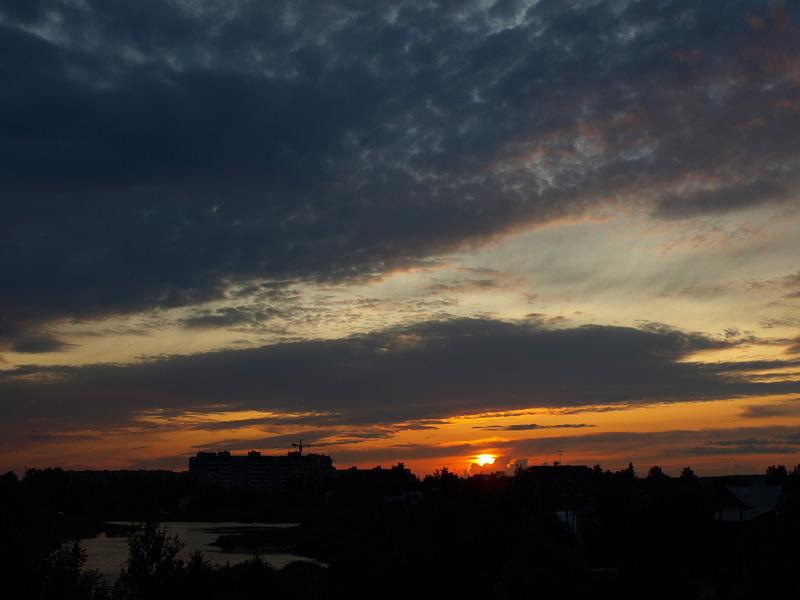 Вечер и ветер  Нахабино, лето  2009