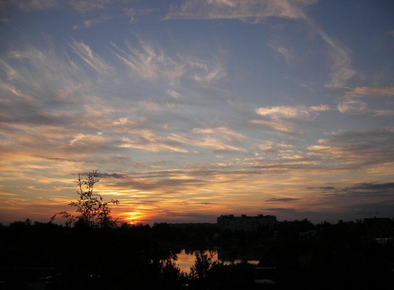 Холодным вечером... Нахабино, лето 2007