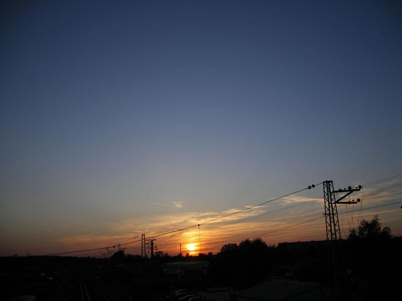 Солнце запуталось в проводах Нахабино, весна 2007
