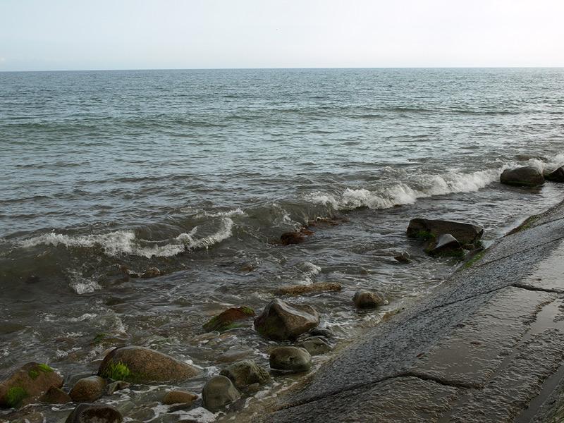 Прибой. Алушта, Крым, весна 2009