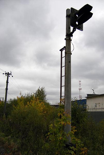 Разбитый семафор... Нахабино, осень 2006