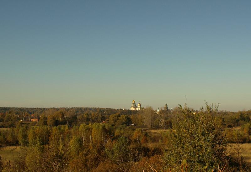 Вид на Новый Иерусалим. Истра, осень 2010