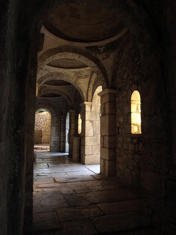 Камни, полированные столетиями... церковь Святого Николая, Демре, Турция, осень 2013