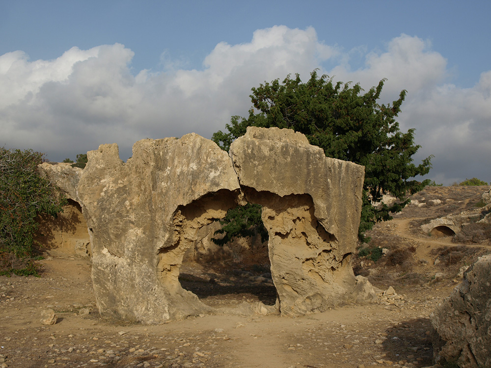 Врата на тот свет?..  Пафос, Кипр, осень 2014