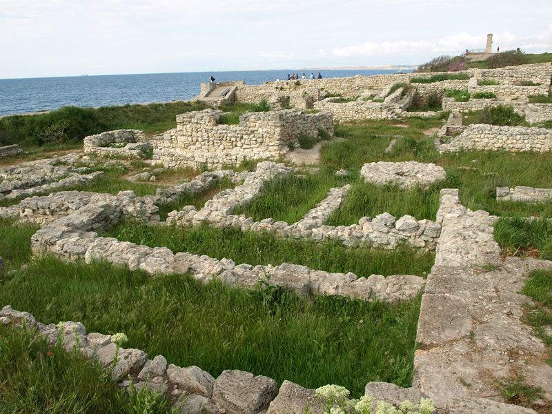 Каменная геометрия. Херсонес, Крым, весна 2010