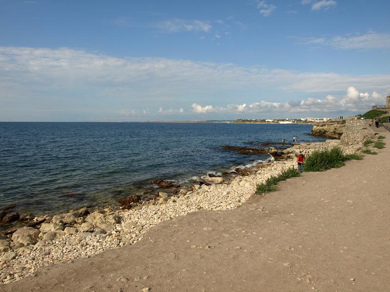 Линия берега. Херсонес, Крым, весна 2010