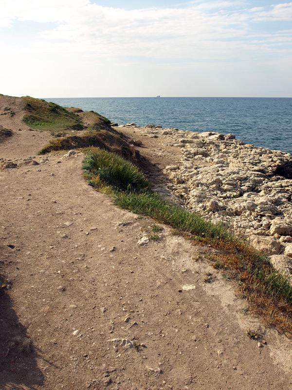 Каменный пляж. Херсонес, Крым, весна 2010