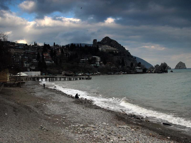 Каменный пляж.  Гурзуф, Крым, зима 2011