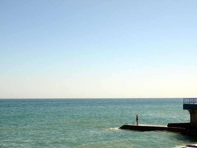 Схватиться за голову от красоты!..:)  Алушта, Крым, весна 2010
