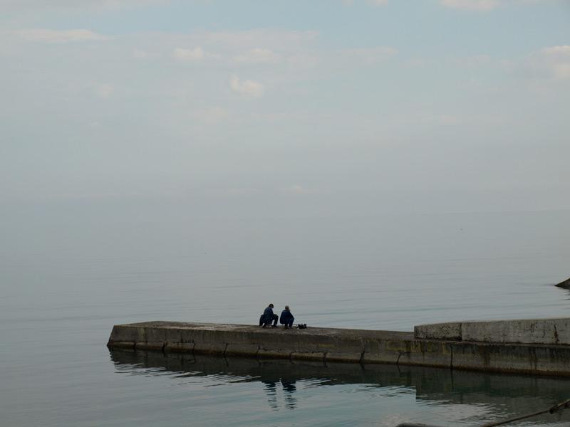 Рыбалка среди лазурной бездны... Алушта, Крым, весна 2010
