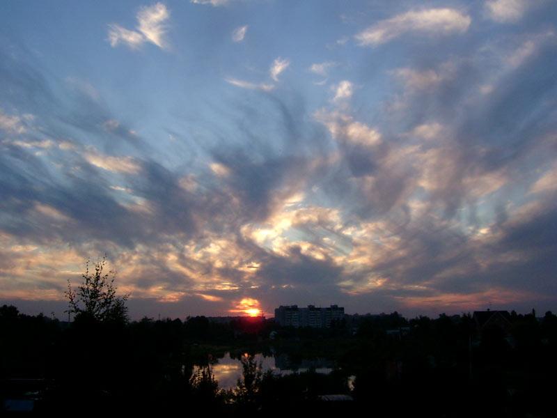 Путаница в небесах... Нахабино, лето 2006