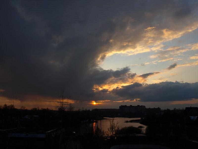 Крылья облаков... Нахабино, весна 2008