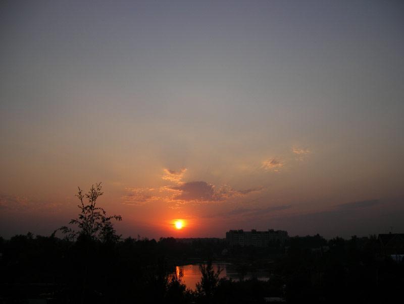 В алых лучах... Нахабино, лето 2007