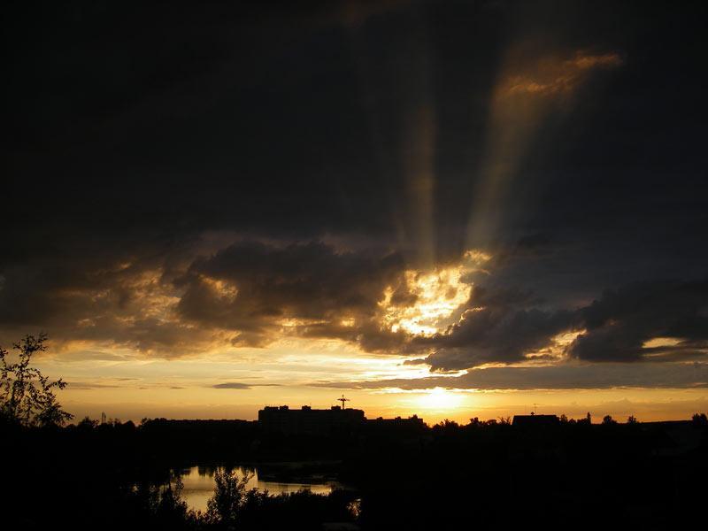 Видимые лучи Нахабино, лето 2007
