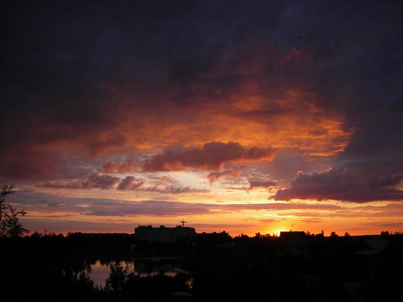 Небесная иллюминация... Нахабино, лето 2007