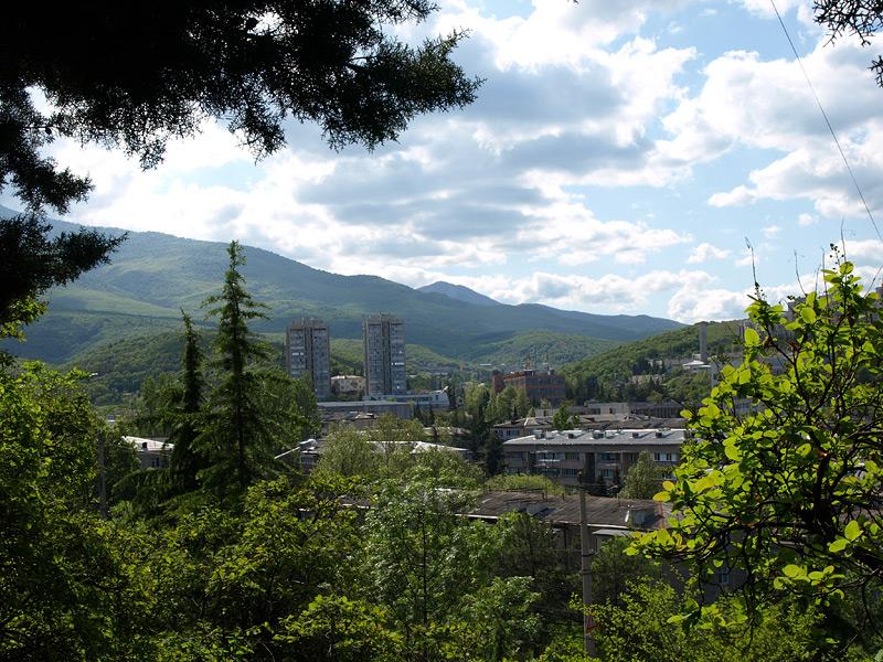 Зеленые горы... Алушта, Крым, весна 2009