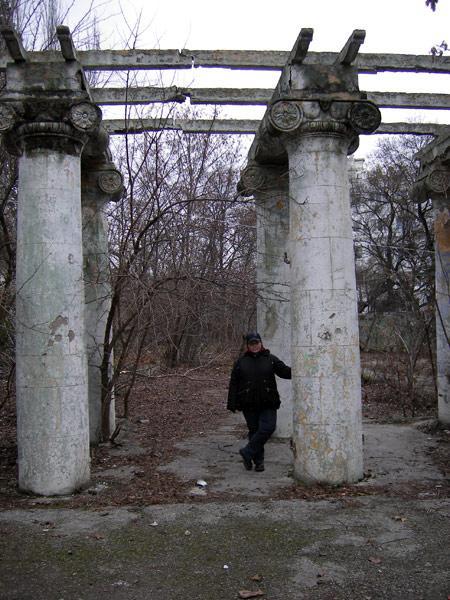 У колоннады Ливадия, Крым, зима 2008