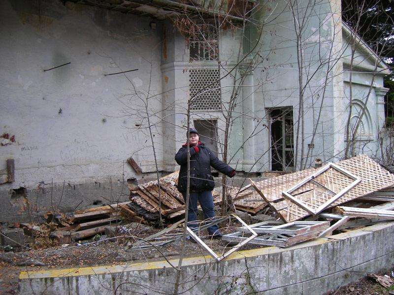 На сцене Ливадия, Крым, зима 2008